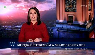 """Danuta Holecka w 17 sekund przeniosła nas do 2015 roku. Według """"Wiadomości"""" nadal rządzi PO"""