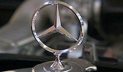 Kradzież zabytkowego Mercedesa. Odnajdzie się?