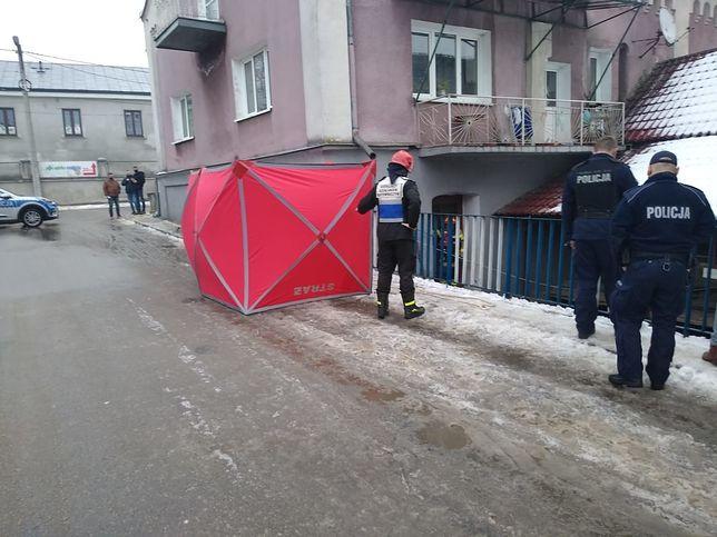 Staszów. Z kanału rzeki Czarna wyłowiono ciało mężczyzny