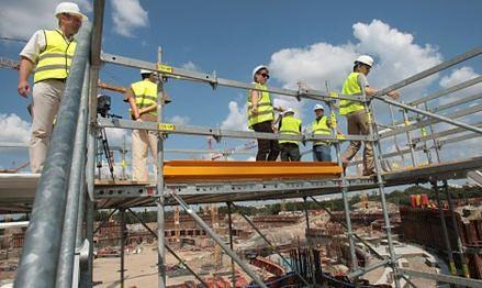 Pracownicy odchodzą z budowy Stadionu Narodowego