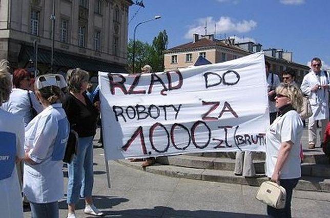 Protest pielęgniarek w Warszawie. Co wywalczyły?