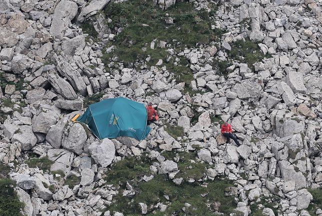 Tatry. Jaskinia Wielka Śnieżna. TOPR odnalazł ciało jednego z uwięzionych grotołazów