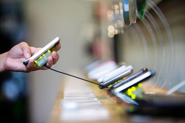 Nie każdy telefon jest odporny na uszkodzenia i sprawdzi się w trudnych warunkach