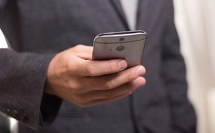 Smartfony zdominują ruch w sieciach