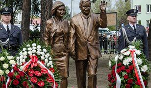 Zatrzymany sprawca znieważenia pomnik Lecha Kaczyńskiego