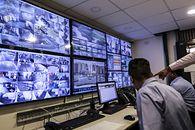 Hakerzy wykradają nagrania z domowego monitoringu. Szukają scen erotycznych - Hakerzy szukają nowych sposobów na zysk [fot. Dhiraj Singh/Bloomberg via Getty Images]