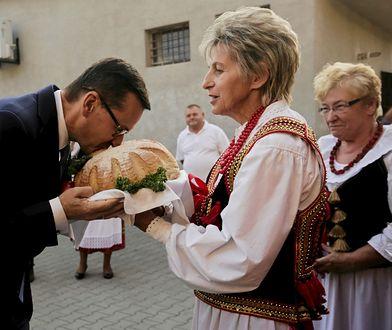 """Premier Mateusz Morawiecki weźmie dziś udział w festynie rolniczym """"Wdzięczni polskiej wsi""""."""