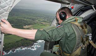 Poszukiwania zaginionego w ubiegłym roku boeinga są prowadzone na lądzie, w wodzie i z powietrza