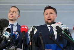 Posłowie PO-KO składają doniesienie do prokuratury. Na Antoniego Macierewicza