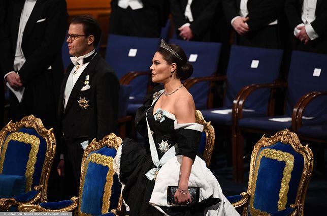 Rozdanie Nagród Nobla. Księżniczce Wiktorii towarzyszył mąż