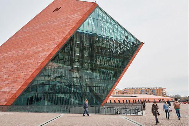 """#dziejesię 18:30 Muzeum II Wojny Światowej otwarte. """"To zapis emocji i pamięci tysięcy Polaków"""""""