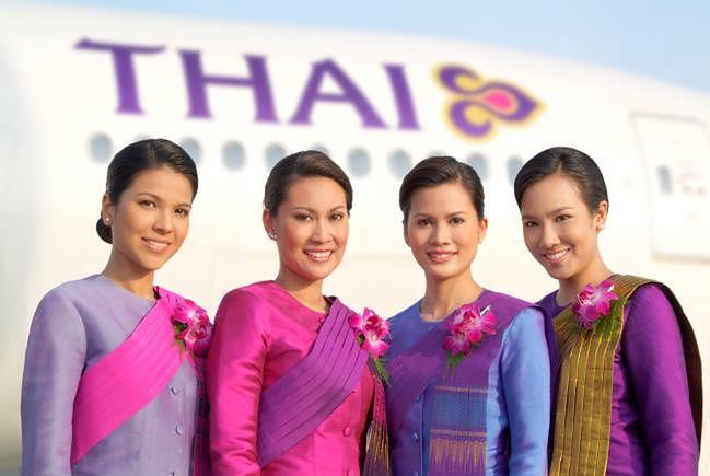 Stewardesa-duch na pokładzie samolotu Thai Airways