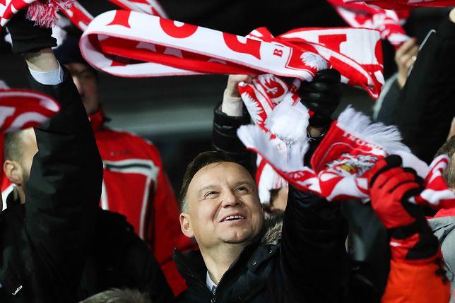 Andrzej Duda liderem sondażu
