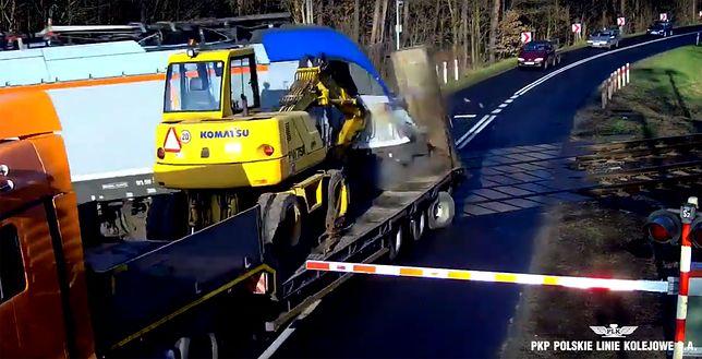 Skrajna nieodpowiedzialność. Mamy nagranie wjazdu ciężarówki przed pociąg z Berlina