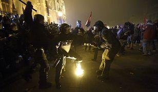 Najbardziej gwałtowne starcia miały miejsce przed węgierskim parlamentem