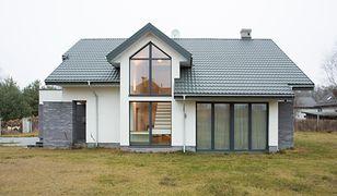 Lukarna - alternatywa dla okna dachowego. Jak ją dobrze wykonać?