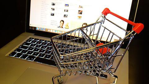 Rząd chce nałożyć nowy podatek na sklepy internetowe w Polsce