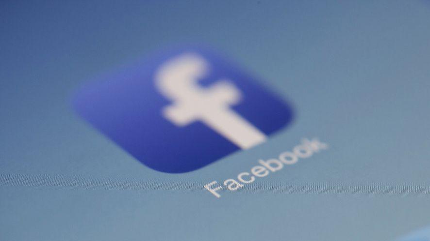IFTTT: automatyczne archiwizowanie statusów z Facebooka w arkuszu
