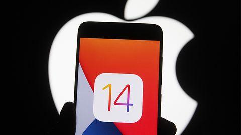 Apple blokuje downgrade do iOS-a 14.7. Powodem luka bezpieczeństwa