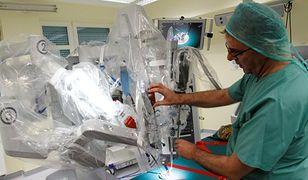 Pierwszy taki robot na sali operacyjnej w Polsce
