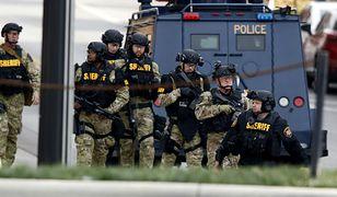Policjanci na miejscu zamachu w Ohio