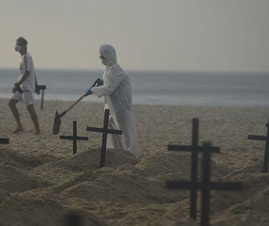 Koronawirus w Brazylii. Plaża Copacabana zamieniła się w cmentarz