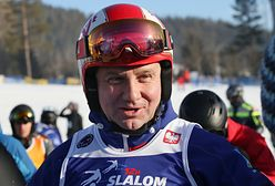 Andrzej Duda na nartach. Bronisław Komorowski komentuje