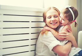 Przekonaj się, jaka jest rola dotyku u dzieci chorych na AZS