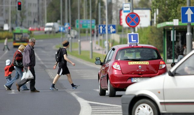 Wypadek w trakcie nauki jazdy: kto odpowiada?