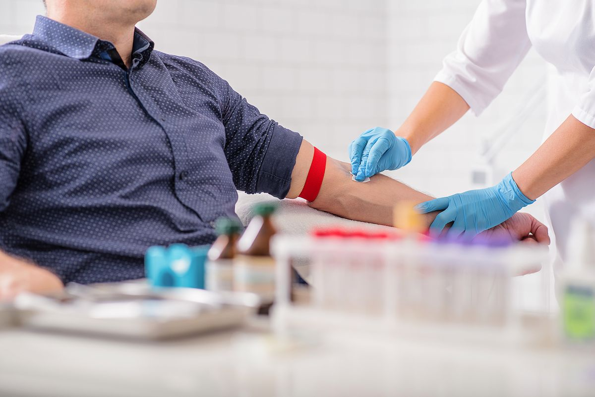 Naukowa sensacja. Proste badanie krwi wykrywa 8 nowotworów