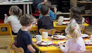 Resort zdrowia: projekt ws. jedzenia w szkołach i przedszkolach gotowy, kieruje się inną filozofią