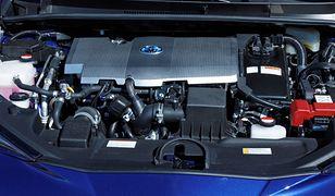 Toyota odstąpi technologię hybrydową