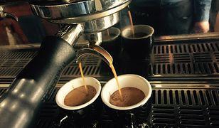 Kawa w lokalach jest sprzedawana nawet ze stukrotną przebitką