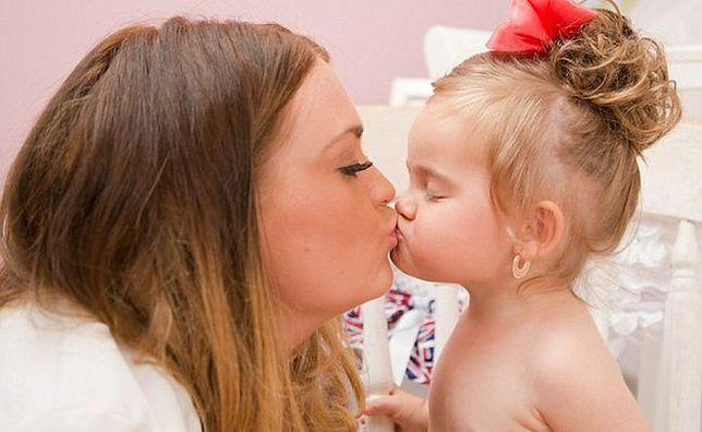Wysyła 2-letnią córkę na konkursy piękności. Wydaje na to majątek