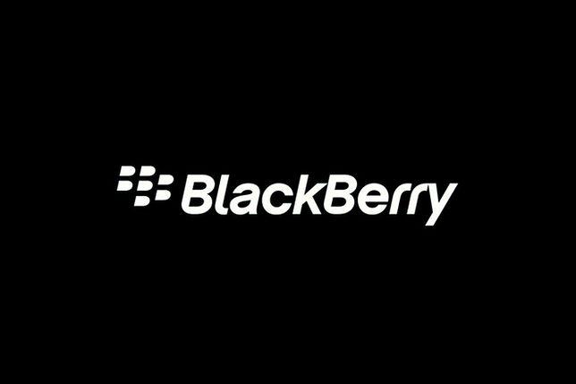 BlackBerry wstrzymuje prace nad dwoma smartfonami
