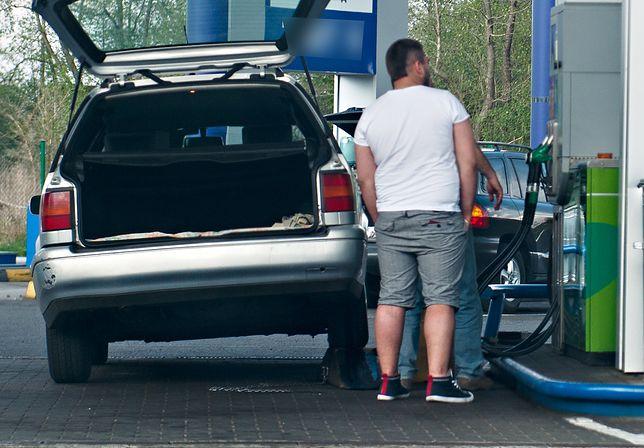 W niektórych miastach paliwo po 5 zł za litro to już norma