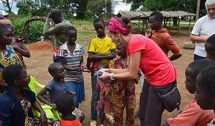 """""""Ołówek dla Afryki"""" - przybory szkolne dotarły z Poznania do Kamerunu"""