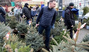 Prezydent Andrzej Duda co roku po choinkę wybiera się na to samo targowisko na krakowskim Nowym Kleparzu