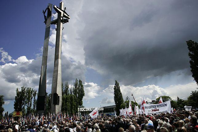 Msza święta na gdańskim placu Solidarności