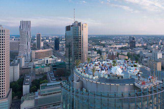 Z Nowego Jorku do Warszawy: marzenia spełniane wśród chmur