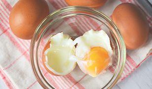 Ile kalorii ma jajko? Odpowiedź nie jest jednoznaczna