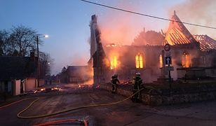 Pożar XVI-wiecznego kościoła we Francji