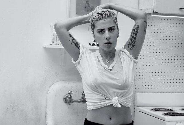 Lady Gaga nie przestaje prowokować. Pokazała nagie zdjęcia