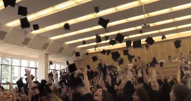 Tak bawią się absolwenci KUL. Nagranie oczarowało internautów