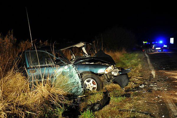 Miejsce wypadku w Szczecinie-Dąbiu. Kierowca, który spowodował wypadek był pijany.