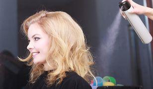 Suchy szampon odświeży włosy w kilka sekund