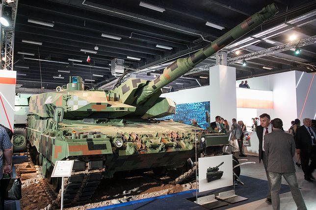 Polska modernizacja niemieckiego czołu Leopard do standardu 2PL prezentowana na targach w Kielcach