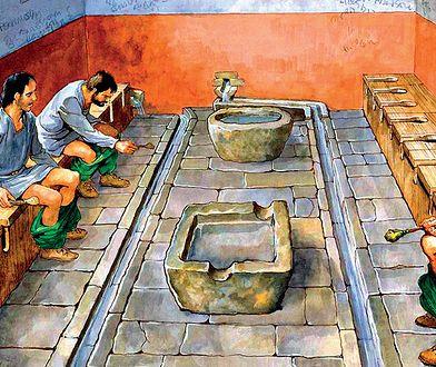 Pierwsze wersje istniały już w czasach starożytnych