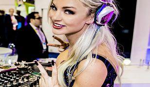 Targi Consumer Electronics Show to także występy gwiazd muzyki - np. Dj Amie Rose.