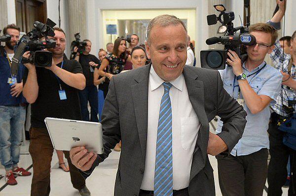 Grzegorz Schetyna nie wyklucza startu na szefa PO; politycy PO: wybory lidera tak, ale nie teraz